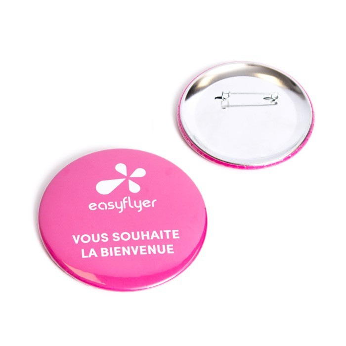 Badge rond à épingle pas cher